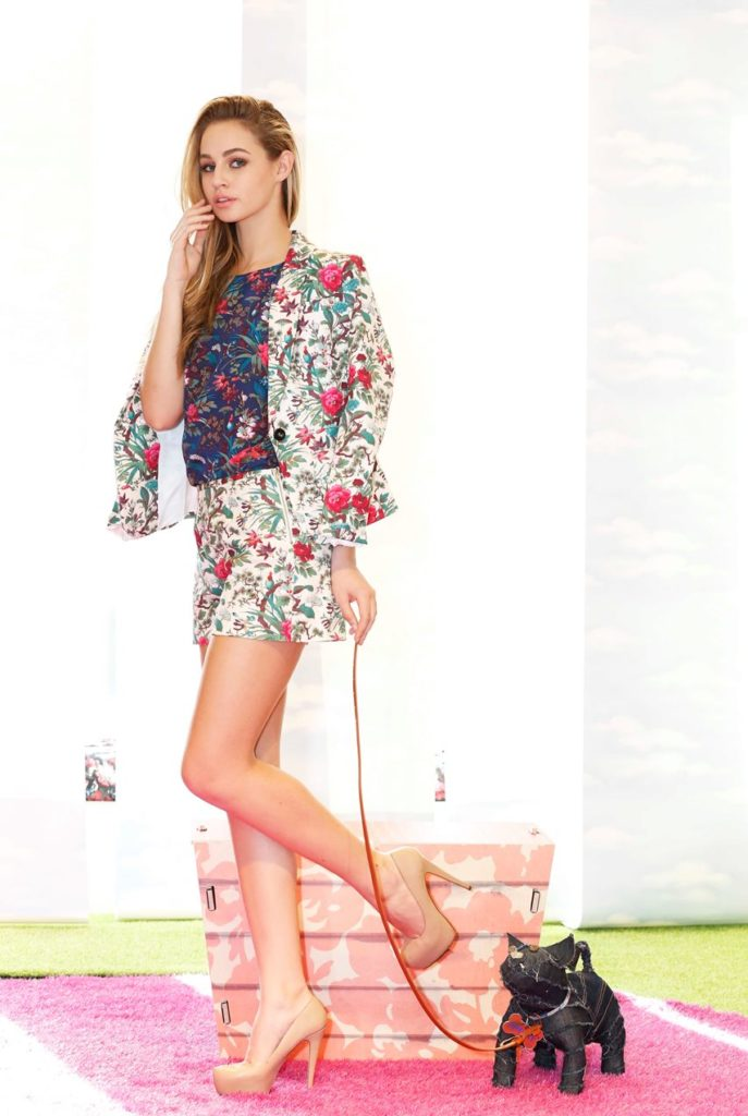 NO REPRO FEE 12/02/2014. Oasis Spring Summer 2014 launch. Thalia Heffernan wearing tropical forest blazer eur88, tropical forest short eur44 & tropical forest tee eur33 today in Dublin's Oasis store on St. Stephens Green. Photo: Sasko Lazarov/Photocall Ireland